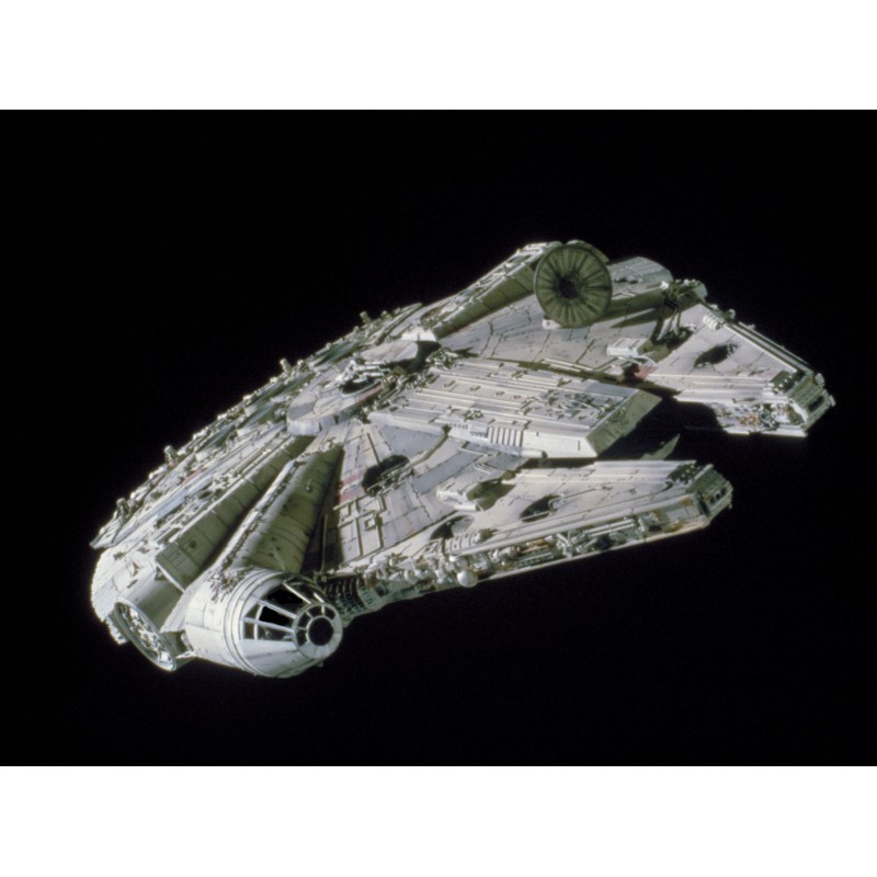 STAR WARS MASTER SERIES MILLENIUM FALCON 1/144