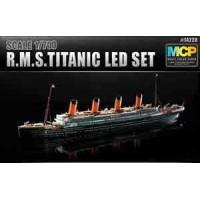 R.M.S.Titanic modellskepp MCP + LED Set 1/700