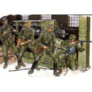 CROSS OF IRON (EASTERN FRONT 1944)  1/35