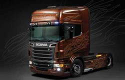 SCANIA R BLACK AMBER incl. amber paint 1/24