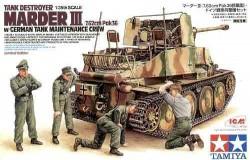 Marder III with german maintenance crew 1/35