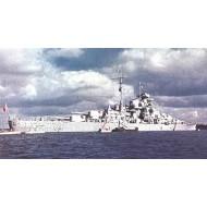 Bismarck Schlachtschiff 1/200