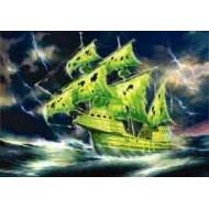 FLYING DUTCHMAN W. GLOWPAINT AND BRUSH (GHOST SHIP)   1/100